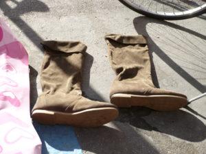 Foto 1  Un paio di stivali da donna.