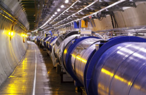 Foto 4 e in ev. Il Large Hadro Collider al CERN di Ginevra