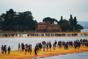 gente 1 httpwww.thefloatingpiers.comcompleted